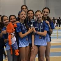 El Trotacalles-Beiman tercero sube al pódium en el Campeonato de Andalucía por equipos P/C en infantil femenino.