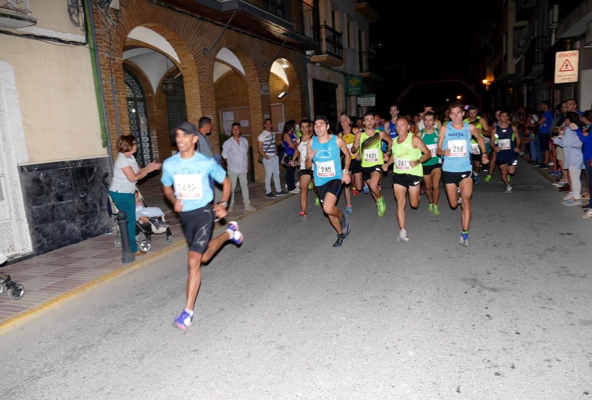 Abdelhadi El Mouazi y Mari Carmen Mayorga triunfa en la II Carrera Popular La Vendimia
