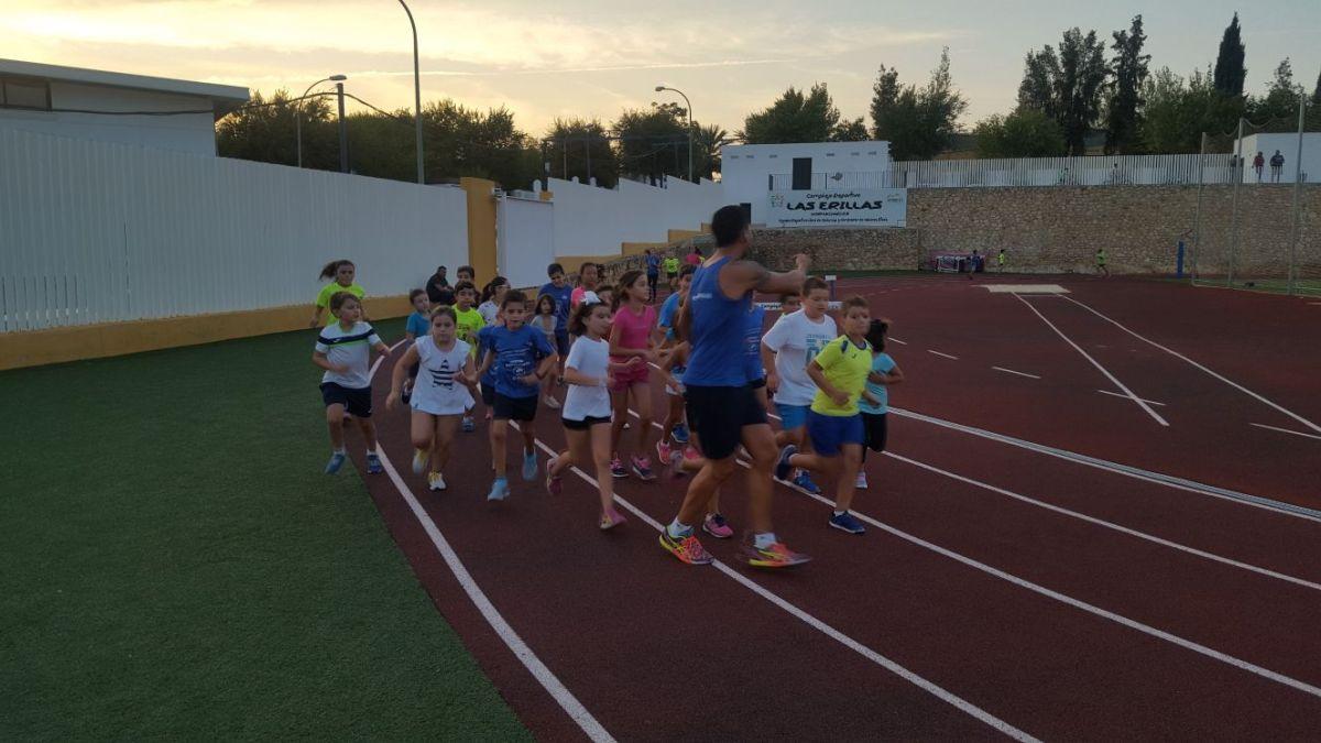 Empiezan las escuelas de atletismo (Información)