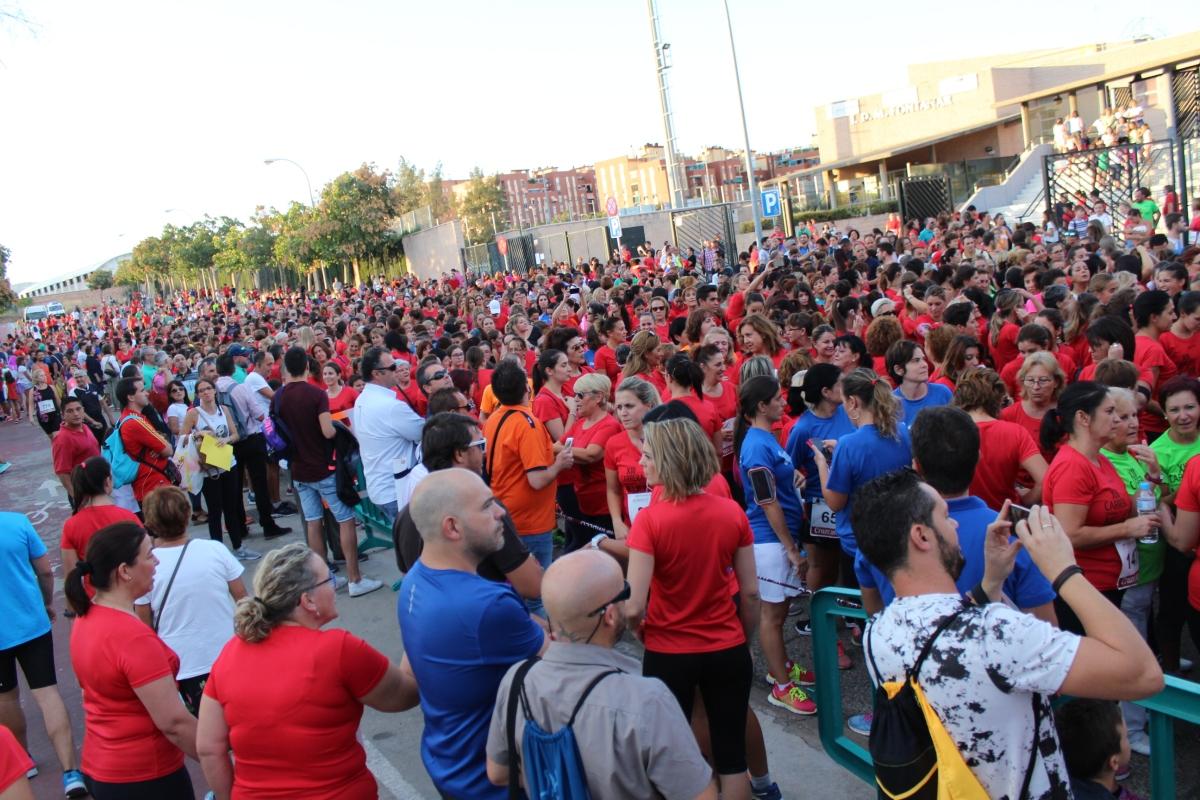 Videos de la Salida y llegada de la Carrera de la Mujer 2017 (Córdoba)