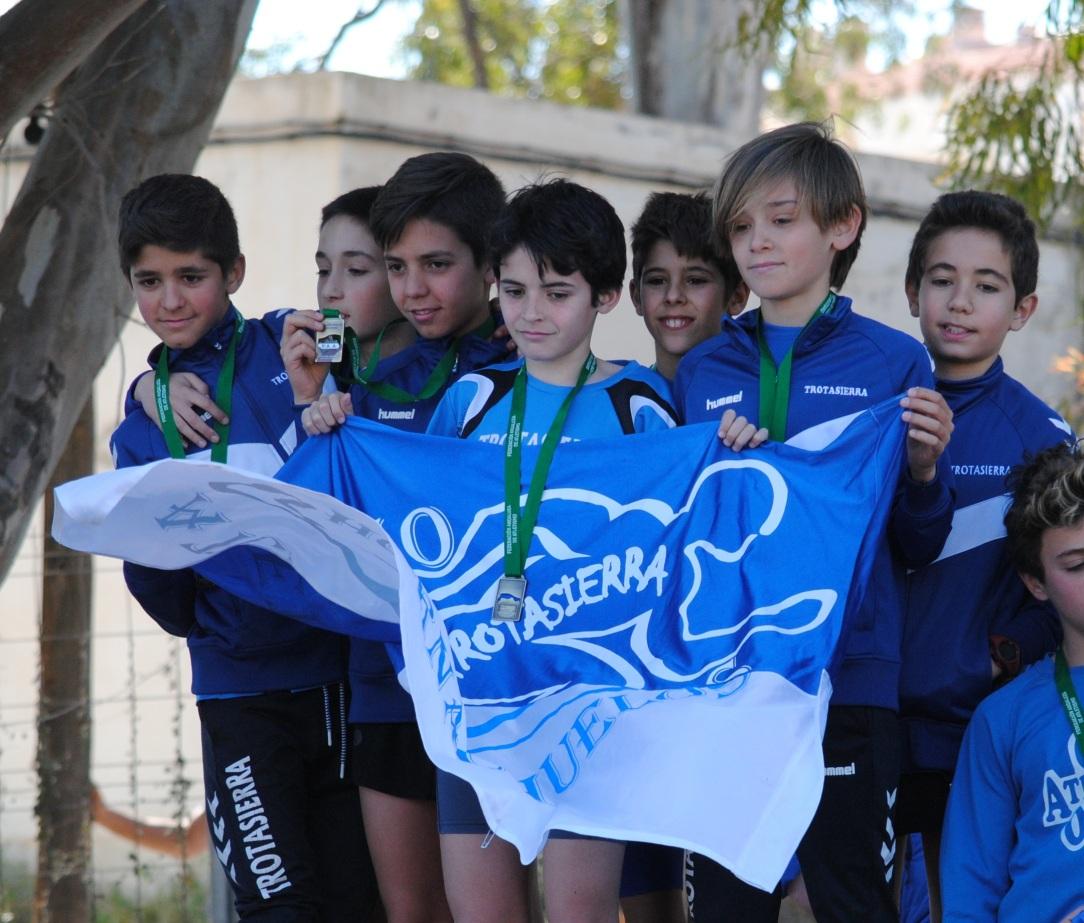 equipo sub14 campeón de andalucía de campo a través