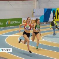 Carmen Aviles Palos realiza un gran papel en los 400 metros en el Campeonato de España Absoluto