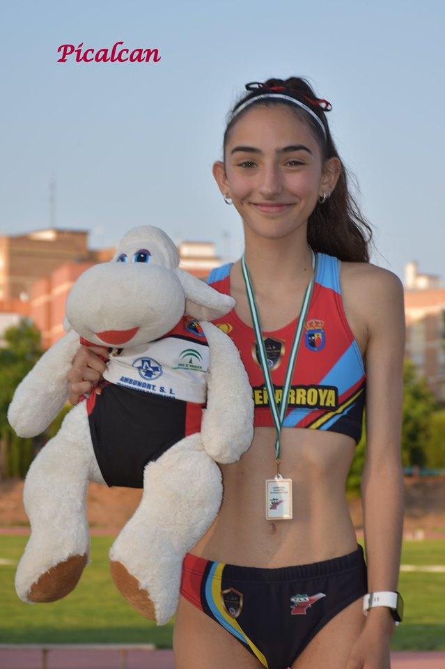 Lucía Paños. Campeona Provincial 3000