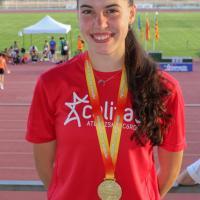 El 400 no tiene secretos para Carmen Aviles Palos que logra una nueva medalla de oro en el nacional Sub18