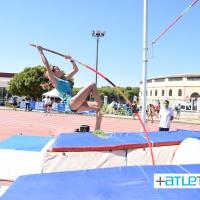 Cristina López del club Atletismo Sierra Norte participa en el Campeonato de Andalucía Absoluto