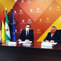 El Club de Atletismo Los Califas y la Universidad de Córdoba firman las bases de un gran proyecto de promoción del atletismo