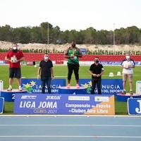 El Club Atletismo Playas de Castellón ha revalidado el título de campeón en la final de La Liga Joma de clubes masculina